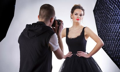 image pour Shooting photo d'1h pour 1 ou 2 personnes avec tirages, option maquillage dès 14,90 € chez Light and Life