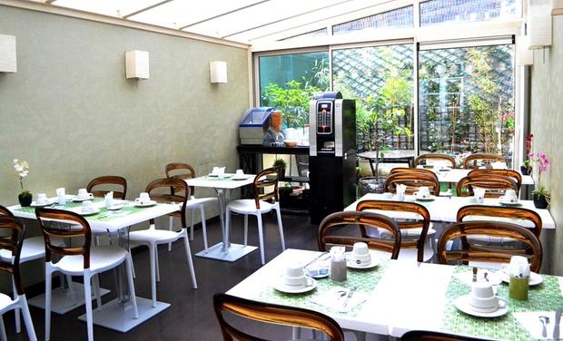 H tel tamaris paris le de france groupon getaways for Groupon hotel paris