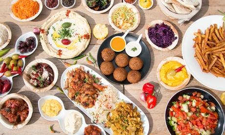 Degustación libanesa con 6 o 12 platos y opción a bebida o botella de vino desde 29,90 € en Shukran Castellana