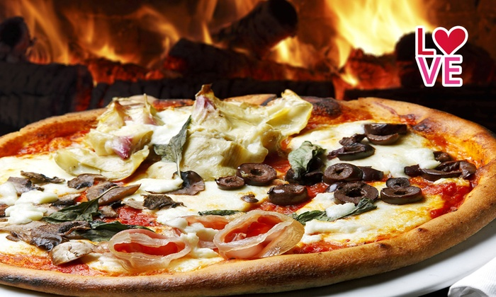 La Tavola Rotonda - La Tavola Rotonda: Tagliere di salumi, pizza, prosecco e birra a La Tavola Rotonda, nel castello di Chiavenna Landi (sconto fino a 66%)