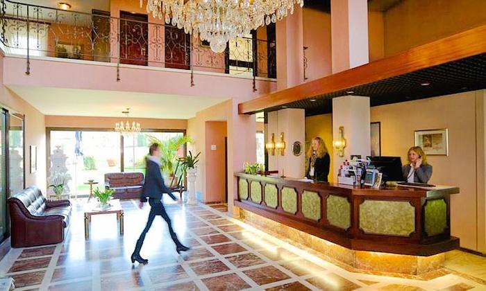 Retro Design Hotel In Koln Groupon