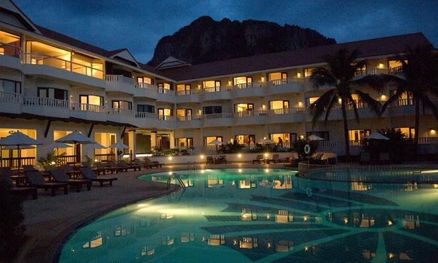 Krabi: Local Hotel Stay + Flights 4