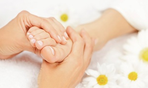 Hands & Oils Aromatherapy: Gel Pedicure (£9), or Thai Foot Massage (£10) at Hands & Oils Aromatherapy (Up to 55% Off)