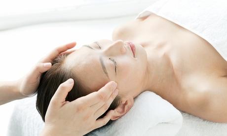 3 sesiones de masaje bioenergético con opción a sesión de hipnosis desde 24,90 € en Centro Médico y Alternativo Somos