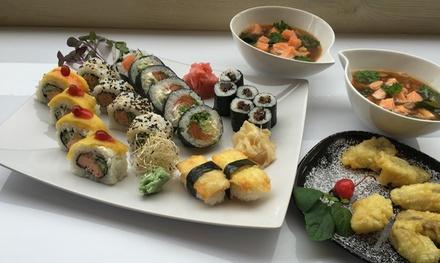 Zestawy sushi lub japo艅ska uczta