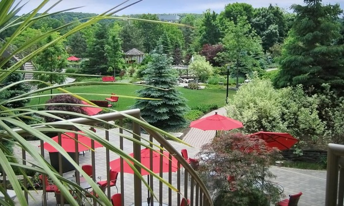 White Oaks Resort & Spa - Niagara-on-the-Lake: One- or Two-Night Stay with Food and Spa Credits at White Oaks Conference Resort & Spa in Niagara-on-the-Lake, ON