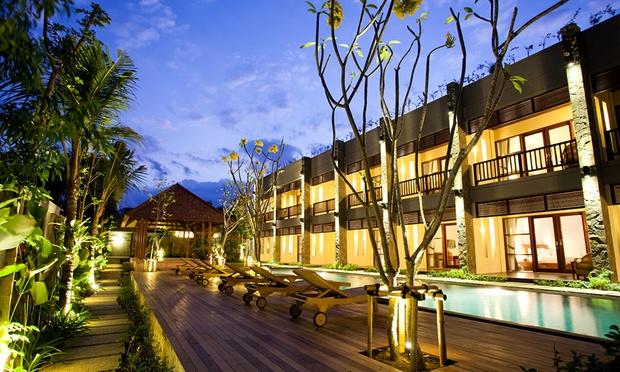 Bali: 4* Stay in Jimbaran's Hills 4