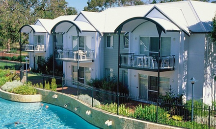 Mandurah: 2 or 3Night Apartment Stay for Four People with Wine and Late CheckOut at Mandurah Quay Resort