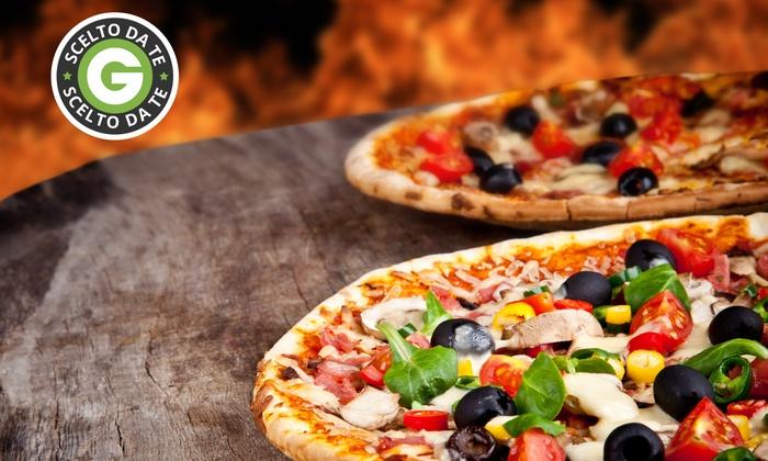 Ristorante Casa Mia - Ristorante Casa Mia: Menu pizza con antipasto, dolce e bibita da 14 € al Ristorante A Casa Mia