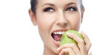 Lisboa Dental: Limpieza bucal con ultrasonidos por 12 € o con limpieza profunda de encías desde 39 €