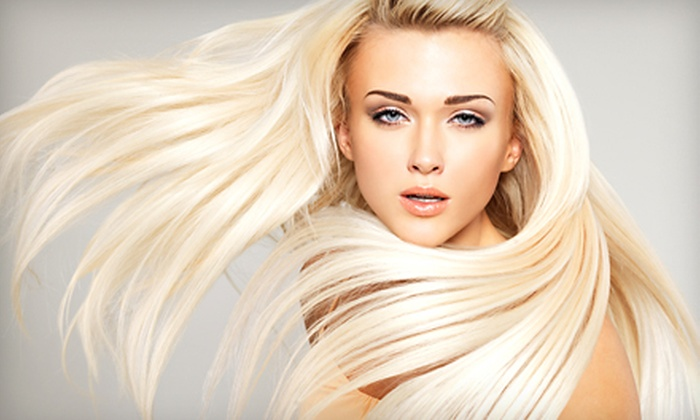 Heat-A Blow Dry Lounge - Ward 3: $45 for Two Blowouts with Scalp Massages and Fragrance Applications at Heat – A Blow Dry Lounge ($100 Value)