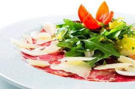 Brasserie K: 1 carpaccio de bœuf avec 1 verre de rosé par personne pour 2 convives à 19,90 € à la Brasserie K