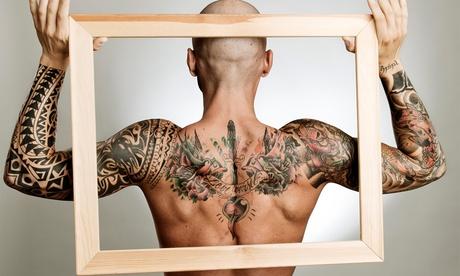 Paga desde 9,90 € y obtén un descuento de hasta 150 € en tu tatuaje en negro o color