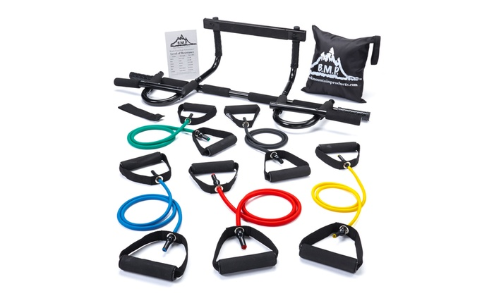 Black Mountain Products Pull-Up Bar and Resistance Bands: Black Mountain Products Pull-Up Bar and Resistance Bands
