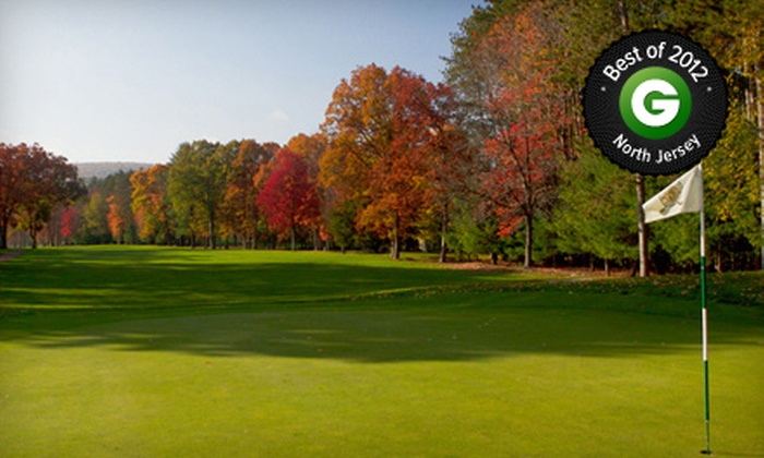 Bowling Green Golf Club - Hillcrest: $49 for Round of Golf with Cart Rental and Range Balls at Bowling Green Golf Club (Up to $104 Value)