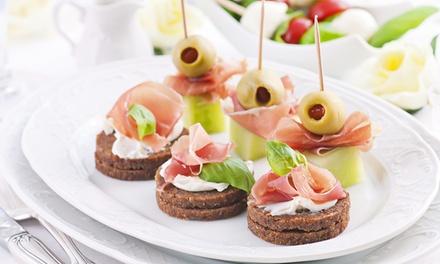 Catering para 12 o 24 personas con 144 o 288 piezas saladas y dulces desde 49,90 € con Mi Favorita Catering