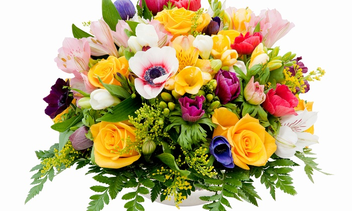 Camille's Flowers and Gifts - Northwood: $99 for a Floral-Centerpiece-Making Class at Camille's Flowers and Gifts ($200 Value)