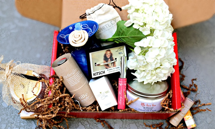 Little Lace Box: Single-Month Box of Luxury Lifestyle Items, Beauty-Product Package, or Both from Little Lace Box (Up to 54% Off)