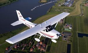 Canair Luftfahrtunternehmen: 30 Min. Panoramaflug für 2 Personen inkl. Wunschroute und Champagner mit CANAIR Luftfahrtunternehmen (33% sparen*)