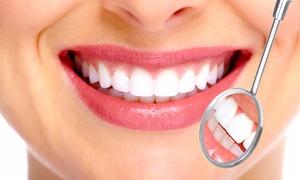 Dental & Medical Beauty: Visita, sbiancamento e applicazione di una corona in ceramica al Dental & Medical Beauty (sconto fino a 72%)