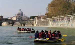 Roma Acqua Avventura: Discesa soft rafting sul Tevere per 2, 4 o 6 persone da Roma Acqua Avventura (sconto fino a 64%)