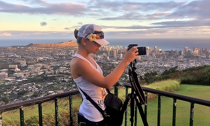 Blue Hawaii Photo Tours - Honolulu: $75 for Sunrise or Sunset Photo Tour of Oahu for One from Blue Hawaii Photo Tours ($90 Value)