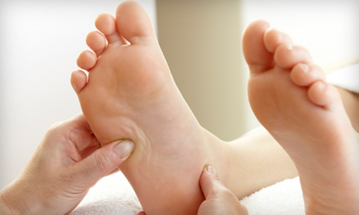 Happy Foot Spa 2015 - Toronto: $29 for a 60-Minute Foot-Reflexology Session at Happy Foot Spa ($60 Value)