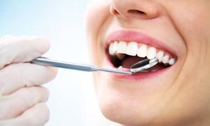 CENTRO MEDICO POLISPECIALISTICO SAVAL: Visita, pulizia denti, otturazione o sbiancamento da Centro Medico Polispecialistico Saval (sconto fino a 88%)