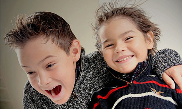 Bruna Bastos Photography - Villa Rica: $39 for Photo-Shoot Package with Prints at Bruna Bastos Photography ($205 Value)