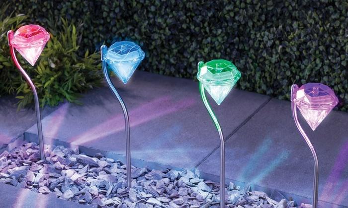 Illuminazione da esterno ad energia solare: lampade ad energia