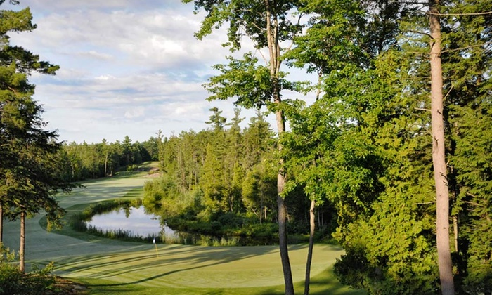 Rocky Crest Golf Resort - MacTier, ON: Stay with Daily Breakfast for Two and DVD Rentals at Rocky Crest Golf Resort in Muskoka, ON. Dates into October.