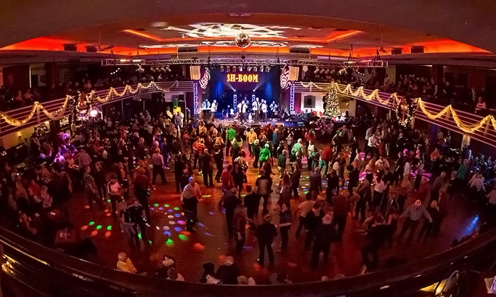 St. Louis Casa Loma Ballroom - Casa Loma Ballroom: Friday or Saturday Night Dance Outing with Drinks for Two or Four at Casa Loma Ballroom (50% Off)