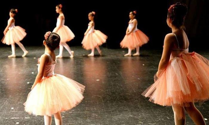 Mexico Moderno Dance Academy - Mexico Moderno Dance Academy: Two Dance Classes from Mexico Moderno Dance Academy (67% Off)