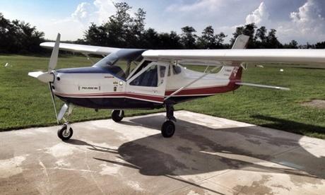 Esperienza di volo su ultraleggero o buono sconto per corso di volo sportivo (sconto fino a 65%)