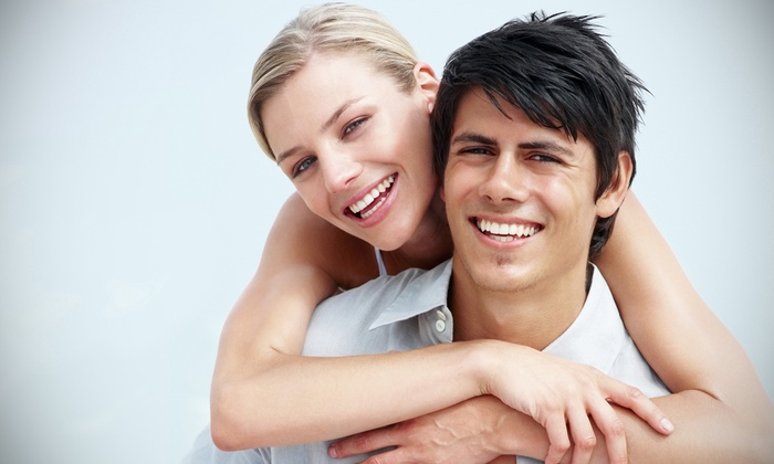 DaVinci Teeth Whitening - Central Business District: $89 for an At-Home Teeth-Whitening Kit & Remineralizing Treatment from DaVinci Teeth Whitening ($199 Value)
