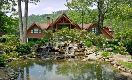 Smoky Mountains Resort with Golf Course