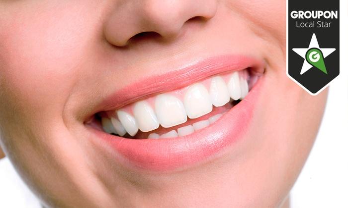Dentaluz - Dentaluz: Limpieza bucal con ultrasonidos por 12,90 € y con limpieza profunda de encías por 79,90 €