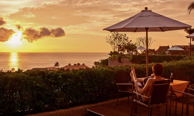 Phuket: 4* Beach Resort + Flights 5