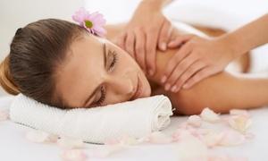 Beauty Center By Diana: Ontspannende massage en optionele peeling bij  Beauty Center By Diana