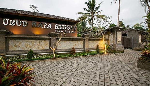 Bali: 4* Balinese-themed Villas 6