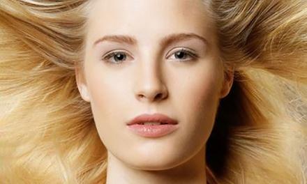Dessous-/Akt-Fotoshooting für 1 oder 2 Personen inkl. Make-up und 1 Abzug bei artfotos dortmund (90% sparen*)
