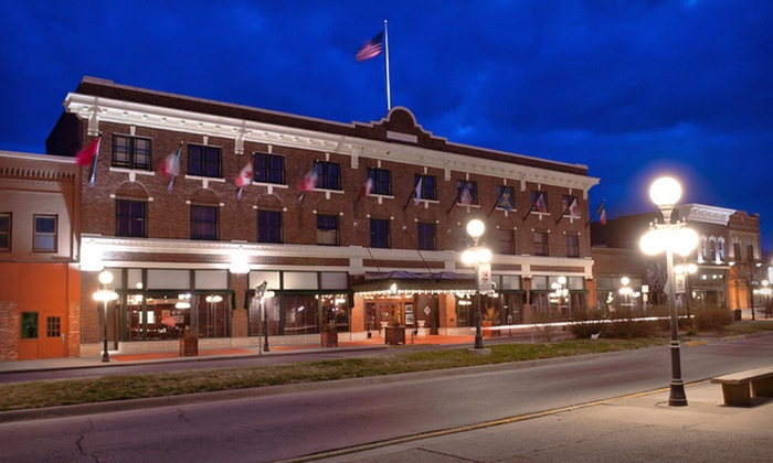 Hotel Pattee - Perry: One- or Two-Night Stay with Dinner for Two at Hotel Pattee in Perry, IA