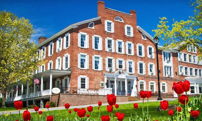 Middlebury Inn - Middlebury, VT: One- or Two-Night Stay for Two with Daily Breakfast at Middlebury Inn in Middlebury, VT