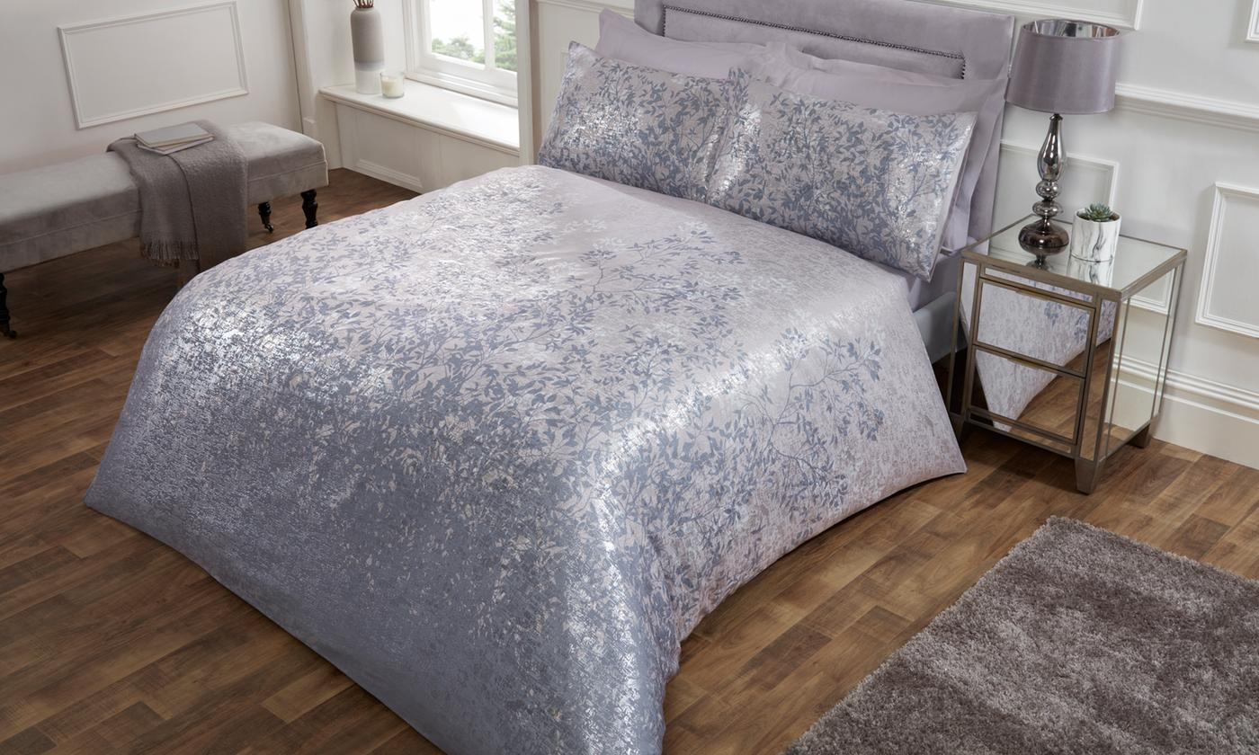 Foil Leaves Jacquard Duvet Set