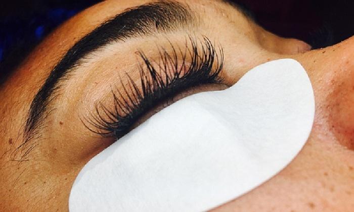 Lash Primp - Lash Primp: Full Set of Eyelash Extensions at Lash Primp (50% Off)