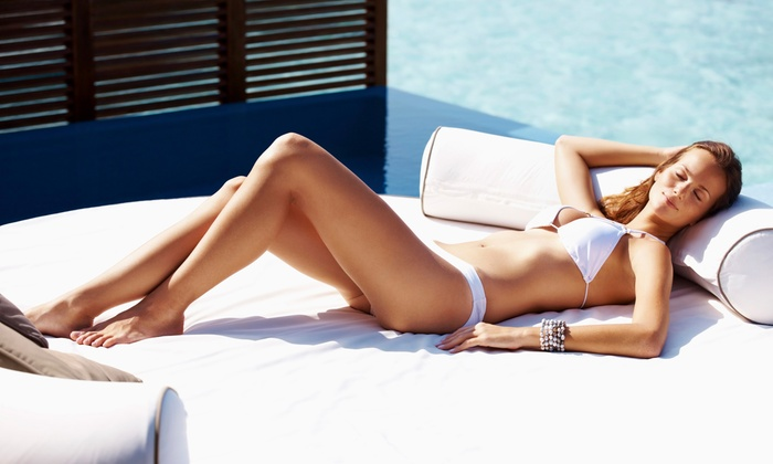 Bottled-Bronze - Charlotte: Get a Sun-Kissed Glow with a Custom Airbrush Tan at Bottled-Bronze