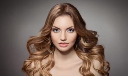 Peluquería con lavado y corte con opción a color, queratina o alisado japonés desde 19,95 € en Hair Fashion Style