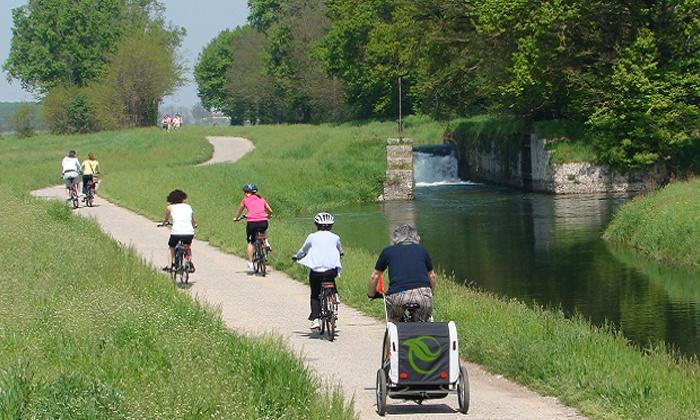 NAVIGLIOSPORT - Naviglio Sport c/o Green Village: Giornata in bicicletta con pedalata assistita nel Parco del Ticino da 20 €