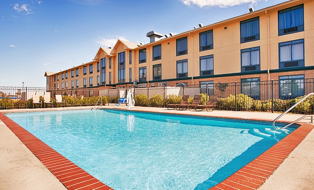 Best Western Inn at Coushatta - Kinder, LA: Stay at Best Western Inn at Coushatta in Kinder, LA, with Dates into February
