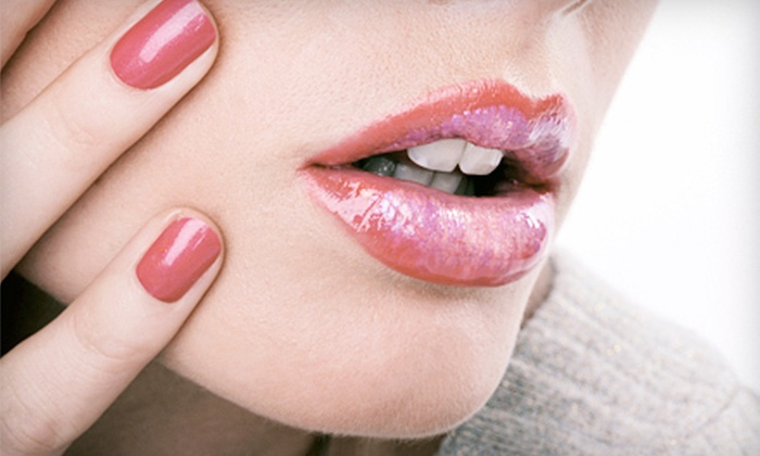 Ultimate Smile: $19 for an Herbal Lip Plumper from Ultimate Smile ($69 Value)